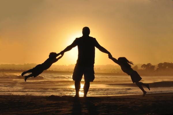 子供と親の育て合い①~なぜ親は子供より上の立場をとりたがるのか?~